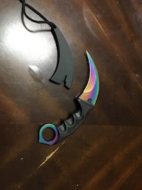 Oil slick karambit with sheathe Grande Prairie, T8X