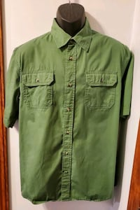 Wrangler premium quality short Sleeve button up green shirt Middletown, 21769
