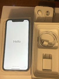 iphone 11 white Montreal