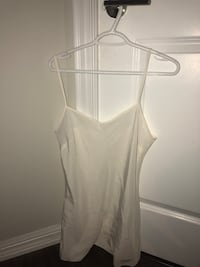 Ted baker white blouse with large bow detail. Never worn with tags. Size 3 Toronto, M6K