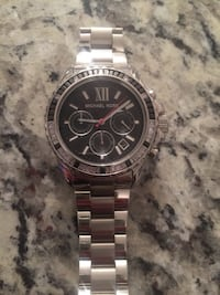 round silver-colored chronograph watch with link bracelet Nashville, 37211