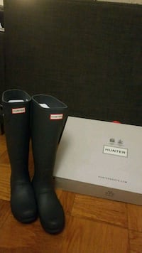 Hunter rain boots: black, size 9 Washington, 20006