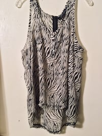 Zebra print blouse size large  Hagerstown, 21740