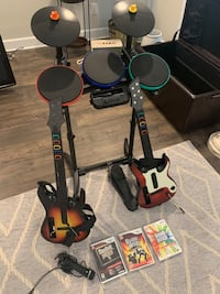 Wii Band Hero Bundle and Storage