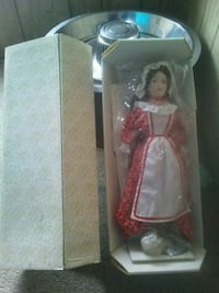 white and pink dressed doll in box Bloomsburg, 17815