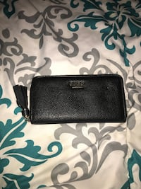 Black pebbled leather guess wallet