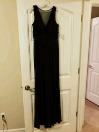 Little black dress size 8 Savannah, 31419