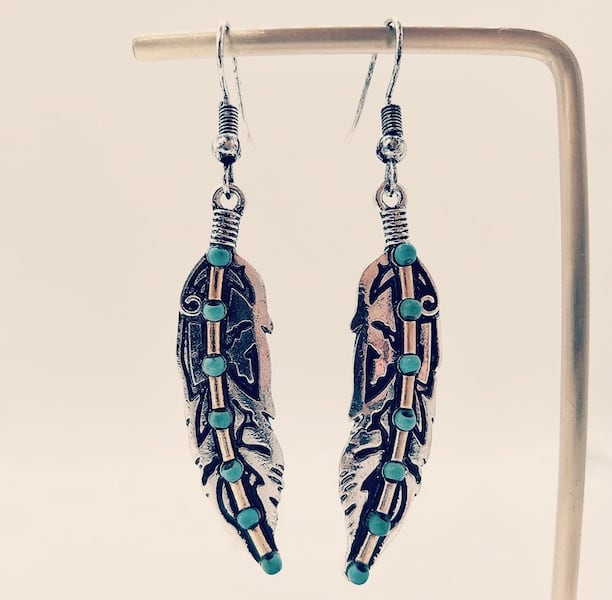 Retro Turquoise Feather Earrings Ancient Silver, Dual-Color Earrings. 492c5726-b6d3-418a-809a-14b8dd4b924c