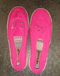 Hot Pink Shoes kids size 3M