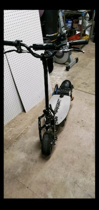 Mototec electric scooter like uberscoot and bolt