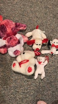several Valentines plush toys North Branford, 06472