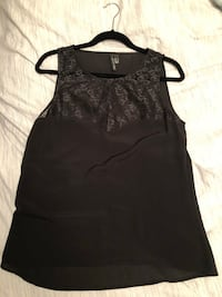 Women's MNG top size small