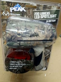 New Peek Realtree 230 Lumens Led Spotlight Toronto, M3H 2L8