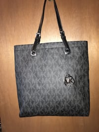 Micheal kors large bag