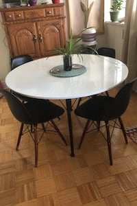 Dining table + 4 chairs Toronto, M8V 1A8