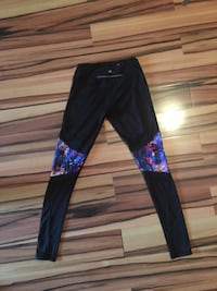 women's black pants Sherwood Park, T8A 0Y1