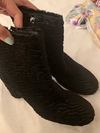 Zara very new boots