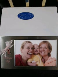 NIB Celebrate Life Picture Frame