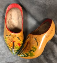 Vintage Wooden Shoes from Holland Farragut, 37934