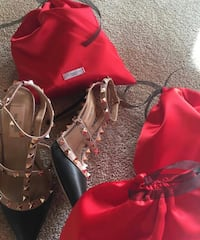 Valentino high heel available in 2 colors S/7 Aurora
