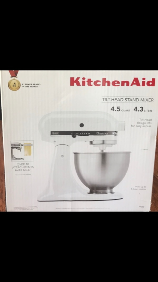 KitchenAid Classic Plus Series 4.5-Quart Tilt-head Stand Mixer, White (NIB)