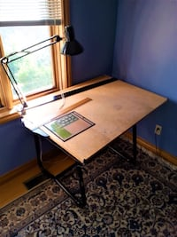 Drafting table with legs. architecture/engineering Mississauga, L5B 1T4