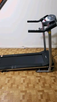 Treadmill,  New almost, foldable and space saver King of Prussia