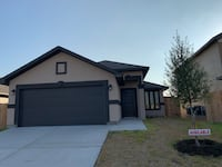 APPLIACES INCLUDED HOUSE For sale 4+BR 2BA Laredo