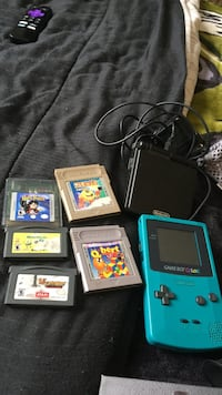 Game boy advanced and game boy colour package deal Kitchener, N2P 1P1