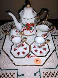 white and red floral ceramic teapot Aurora, 60502