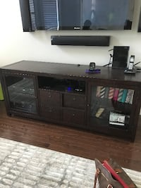 Pottery Barn TV Stand Vaughan, L0J 1C0