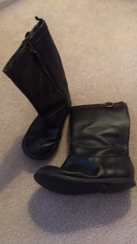 baby gap boots Naperville, 60565