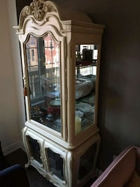 white wooden framed glass display cabinet Newmarket, L3X 3B3