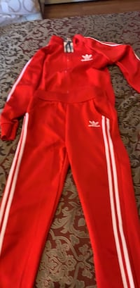 New set adidas size small medium  Washington, 20024