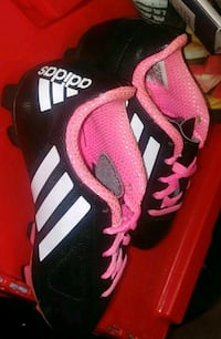 Girls nike pro cleats pink and black  Long Beach, 90804