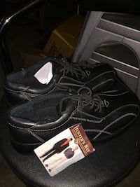4 pairs shoes - brand new - $20 each Langley, V3A 9J6