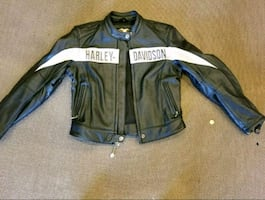 ladies riding jacket. Perfect condition.