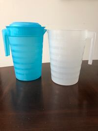 Plastic pitchers containers