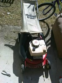 black and red snapper self propell push mower 467 mi