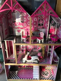 Doll house with furniture  Delta, V4E 3H9
