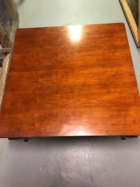Beautiful large sturdy coffee table excellent condition Annandale, 22003