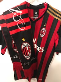 Authentic Ac Milan jersey with scarf