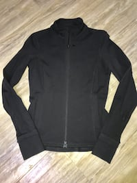 Roots exclusive YOGA line jacket size S- great condition