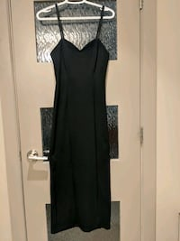 Vittoria Virini black long dress size small Calgary, T2E 0B4