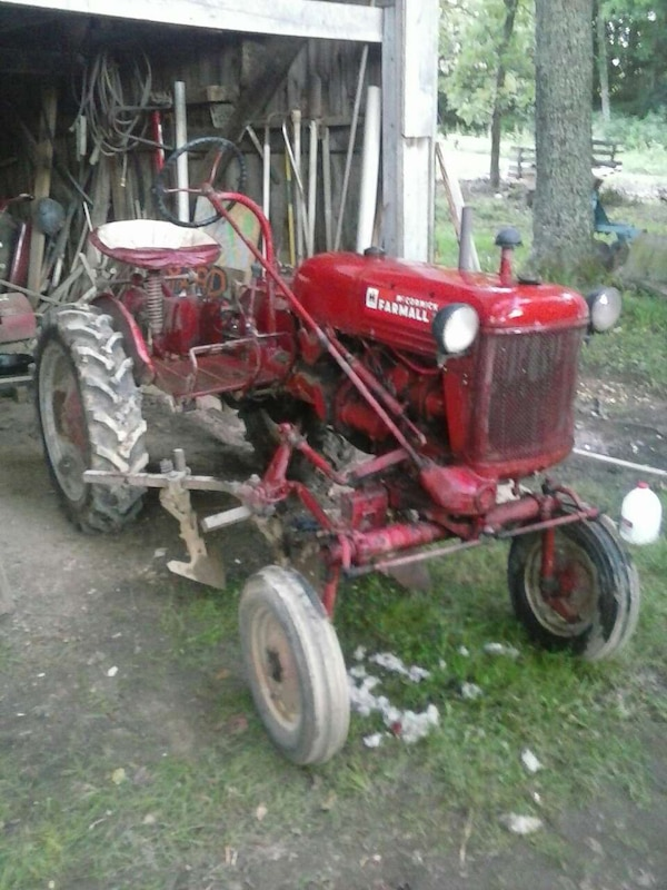 used 1949 farmall cub tractor for sale in johnson city letgo. Black Bedroom Furniture Sets. Home Design Ideas