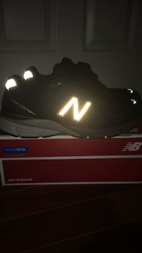 size 11 New Balance 990 8/10 condition Greenbelt, 20770