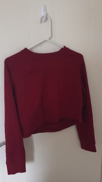 red long sleeve crop top London, N5X