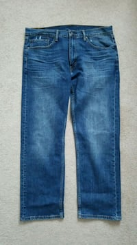 BNWOT Levis 505 jeans. ***PICKUP ONLY*** Port Coquitlam, V3B 7Z8