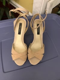 WHBM open toe wedges