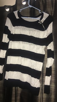 Size XL - MICHAEL KORS -(worn twice) white and navy stripe scoop neck long sleeve top Plattekill, 12528